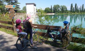 In bicicletta con la mia famiglia lungo la ciclovia Peschiera-Mantova