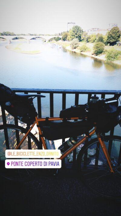 bici e ponte coperto pavia