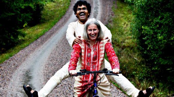Pikay e Lotte in bicicletta